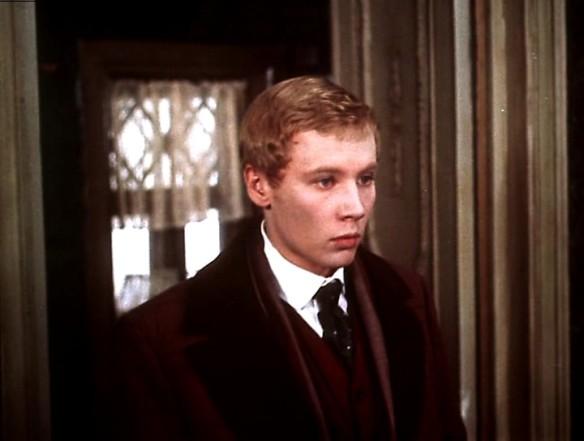 Подросток, экранизация романа 1983 г.